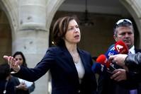 وزيرة الجيوش الفرنسية تحذر أن تنظيم داعش الإرهابي يستعيد قوته AP