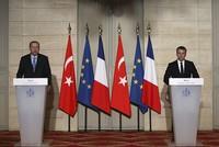 Erdoğan, Macron discuss Syria air strikes in phone call
