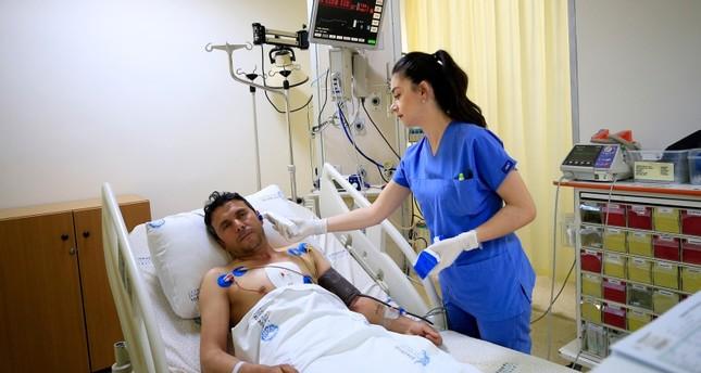 المريض بعد العملية (الأناضول)