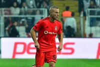 Gökhan Töre lashes out at Beşiktaş chair