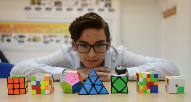 Turkish teen eyes Skewb Cube world record