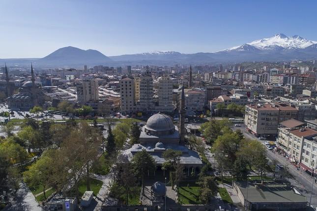 Kurşunlu Moschee, Kayseri