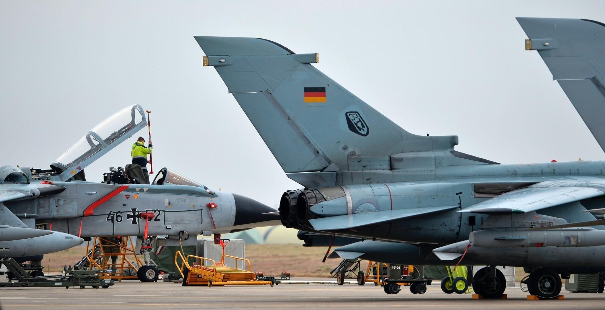 A technician working on a German Tornado jet at u0130ncirlik Air Base, Jan. 16, 2016