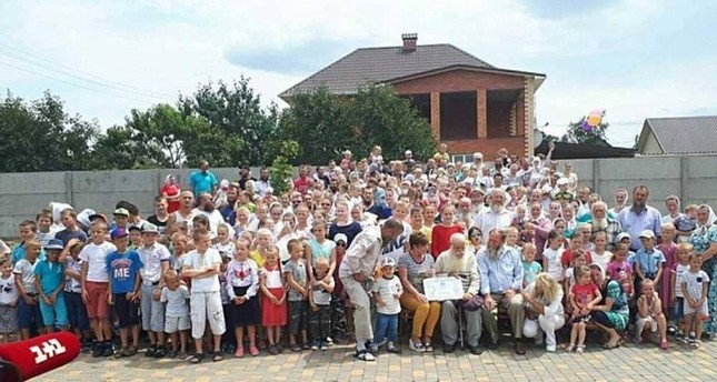 بأكبر عائلة في العالم.. أوكراني يتهيأ لدخول سجل غينيس