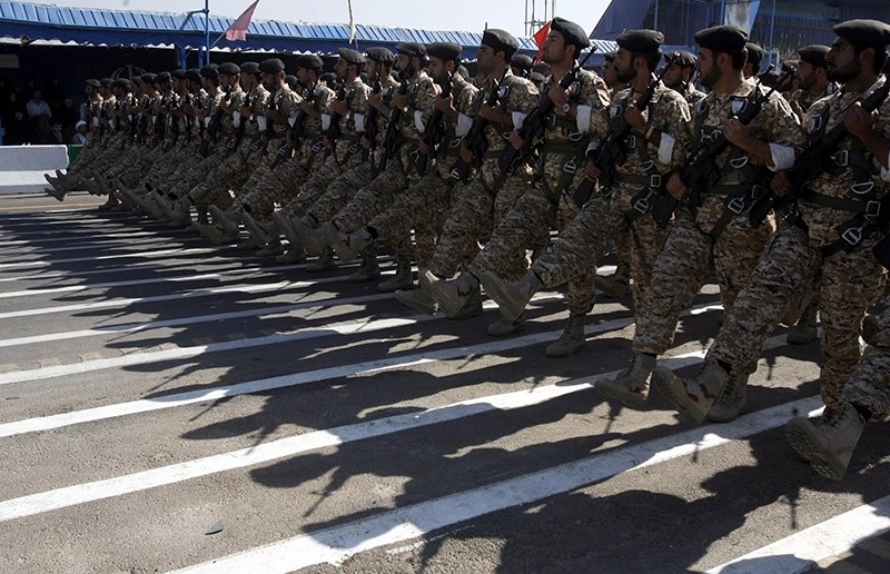 Iranian army soldiers march during a military parade marking the beginning of the 1980-1988 Iran-Iraq war in Tehran, Iran, 22 September 2010.  (EPA Photo)