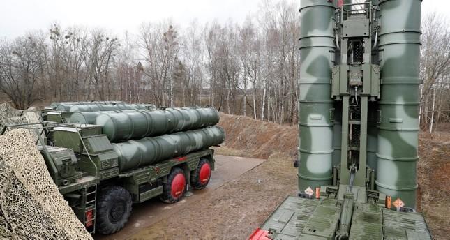 منظومة إس 400 الصاروخية (من الأرشيف)