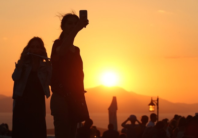 Legendary hilltop on Turkey's Aegean coast popular sunset route for tourists