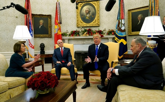 U.S. President Donald Trump and Vice President Mike Pence meet with House Speaker designate Nancy Pelosi (D-CA) and Senate Minority Leader Chuck Schumer (D-NY) at the White House in Washington, U.S., December 11, 2018. (Reuters Photo)