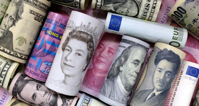 Markets no longer asking whether 1 dollar will be 1 euro