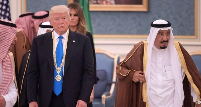 صحيفة أمريكية تكشف عن سعي ترامب بيع مفاعل نووي للسعودية