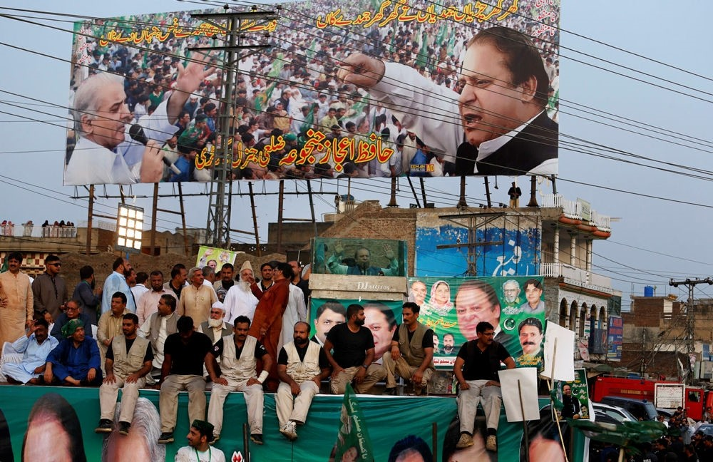 Deposed Pakistani Prime Minister Nawaz Sharif, center, addresses his supporters during a rally in Jhelum, Pakistan, Thursday, Aug. 10, 2017. (AP Photo)