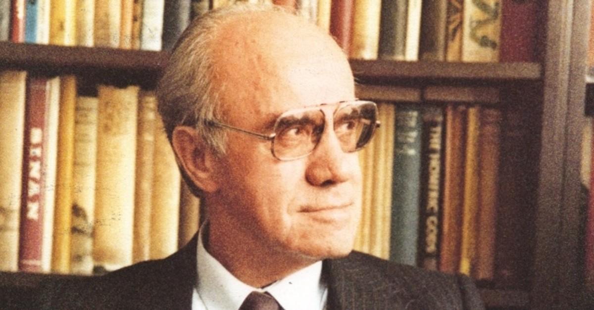 Mehmet Kaplan taught generations at the Turkish Language and Literature Department.