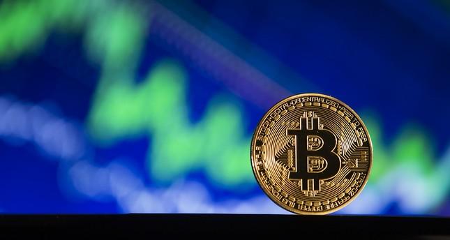 Bitcoin-Kurs fällt auf 10.000 Dollar