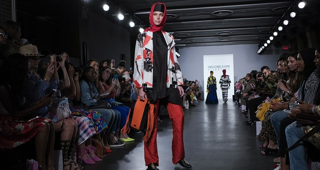 A model wearing a hijab during the Indonesian Diversity show at New York Fashion Week. (AFP Photo)