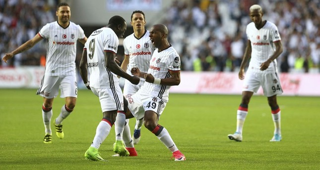 Beşiktaş win 15th Turkish league title after beating Gaziantepspor
