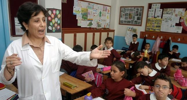 تركيا تعتزم تعيين أكثر من 20 ألف معلم بعد إحباط الانقلاب