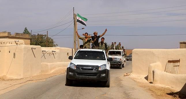 الجيش السوري الحر يوسع الحزام الآمن بين اعزاز وجرابلس