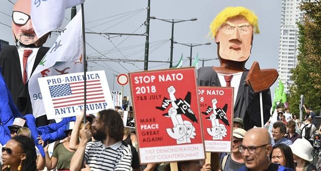 الآلاف يتظاهرون في بروكسل للتنديد بسياسة ترامب