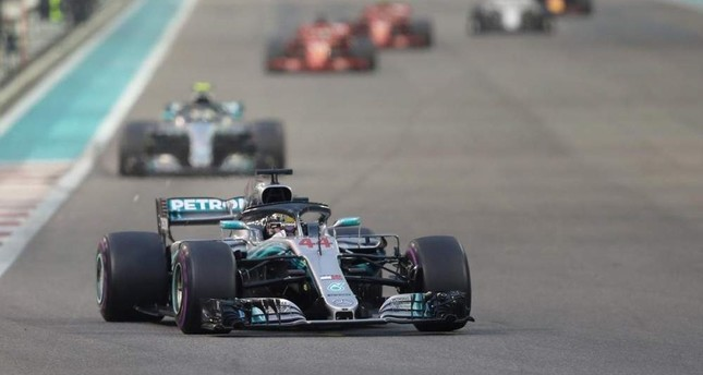 Mercedes' Lewis Hamilton during the race at Yas Marina Circuit, Abu Dhabi, Nov. 25, 2018. (Reuters Photo)