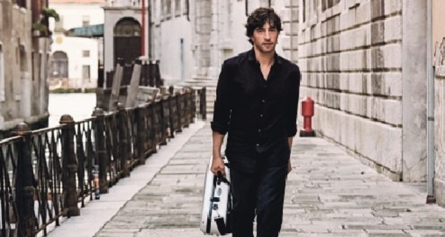 First Grammy nominee mandolin artist to grace Istanbul stage