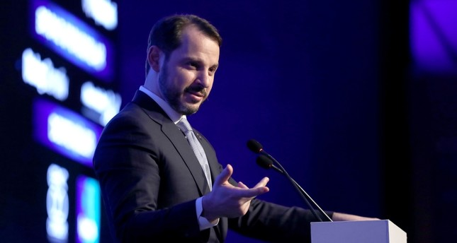 Treasury and Finance Minister Berat Albayrak addresses automotive industry leaders during a conference organized by the  Automotive Dealers Association (OYDER) in Istanbul, March 21, 2019.