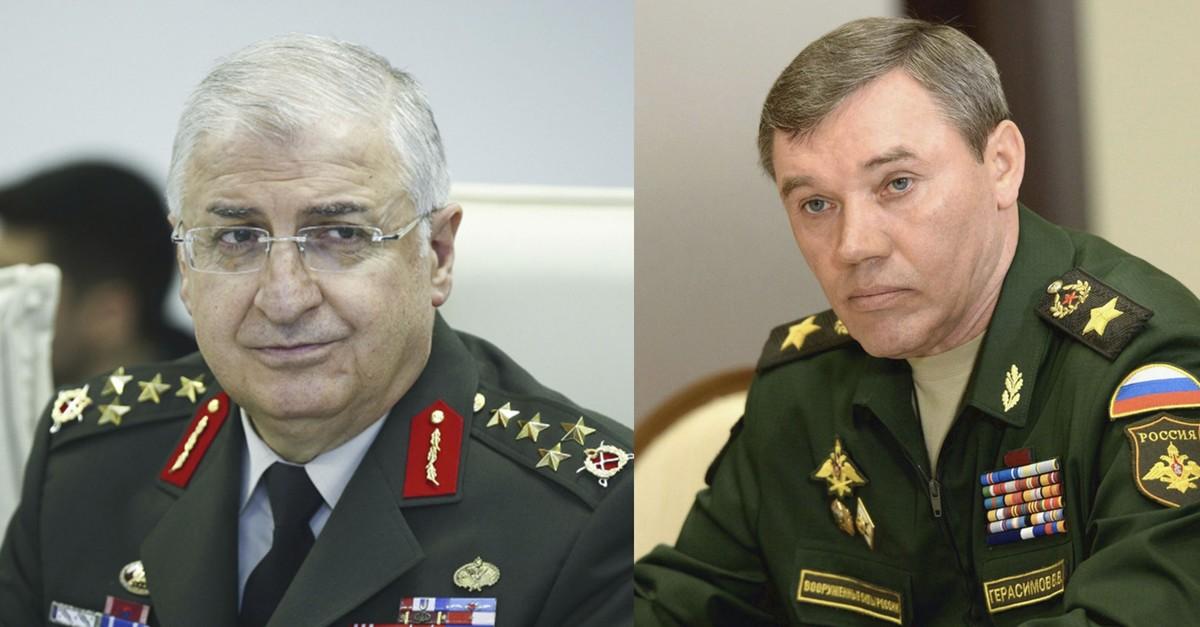 Gu00fcler (L) and his Russian counterpart Gerasimov