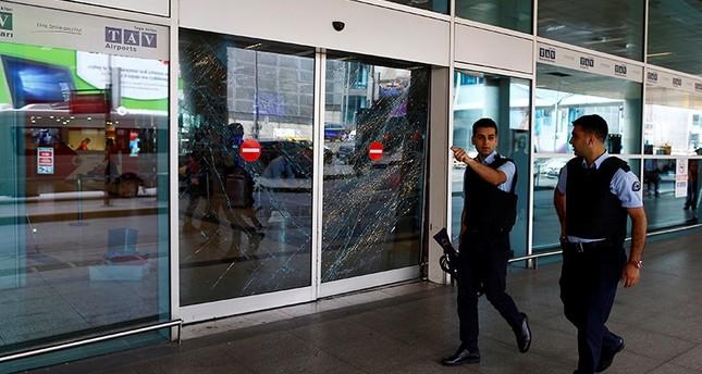 مهاجمو مطار اسطنبول غيروا خطتهم بعد اشتباه الشرطة بهم