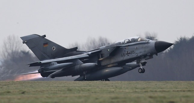 A German air force Tornado jet takes off from the German army Bundeswehr airbase in Jagel, northern Germany December 10, 2015 (Reuters Photo).