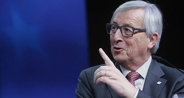 European Commission President Jean-Claude Juncker gives a news conference during an extraordinary EU Summit with Turkey, in Brussels, Belgium, November 29, 2015. (EPA Photo)