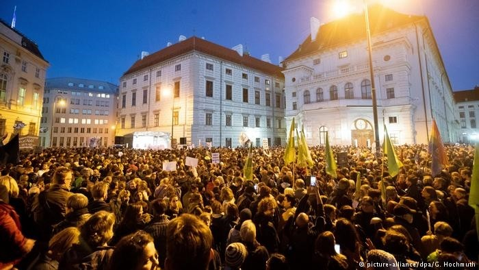 Around 20,000 people gathered in Ballhausplatz square to protest Chancellor Sebastian Kurz's government, Vienna, Oct. 5.
