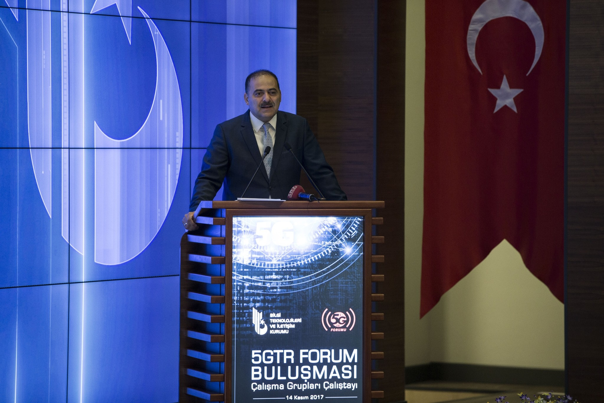 u00d6mer Faruk Sayan, the head of Turkey's Information and Communication Technologies Authority (BTK)  speaks at a forum in Ankara, Turkey on November 14, 2017. (AA Photo)