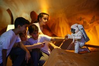 Mission Mars: Children learn about humanity's new home at space camp