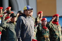 US in direct contact with Venezuelan military, urging defections