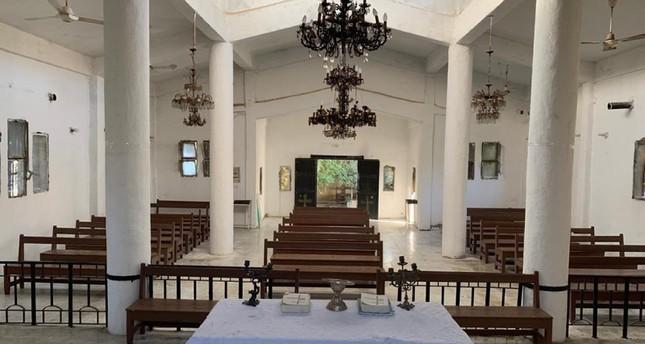 الدفاع التركية تبدأ بترميم الكنيسة الأرمنية في مدينة تل أبيض