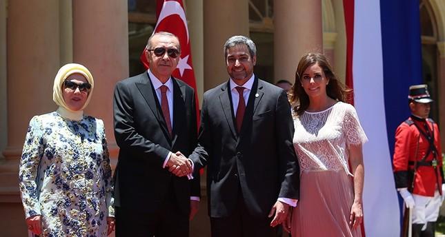 President Recep Tayyip Erdoğan (C-L) meets with Paraguay counterpart Mario Abdo Benitez (C-R) in Asuncion on Dec. 2, 2018. (AA Photo)