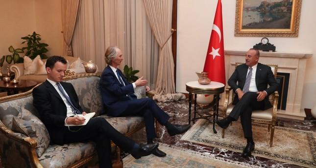 وزير الخارجية التركي في لقائه الممثل الخاص للأمم المتحدة في سوريا (الأناضول)