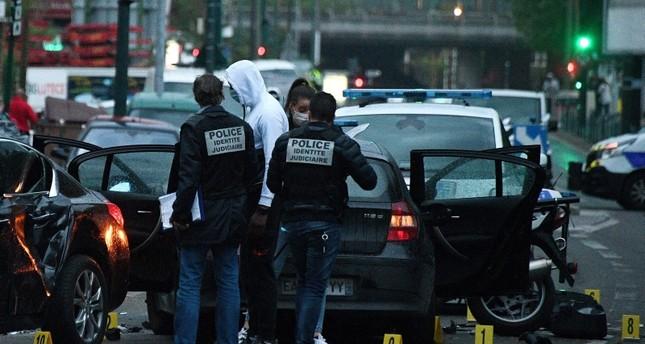 سيارة تدهس حشدا في فرنسا