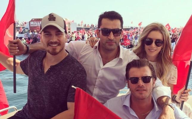 Çağatay Ulusoy, Kenan İmirzalıoğlu, Kıvanç Tatlıtuğ, Sinem Kobal (From Left To Right)