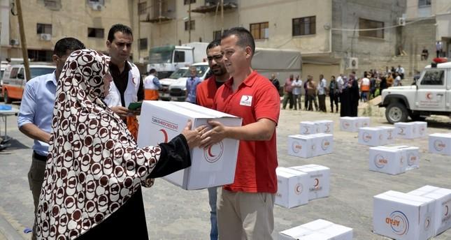 الهلال الأحمر التركي يعتزم إنشاء بنك للدم في غزة