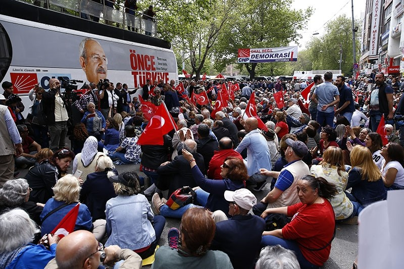 People gather for a sit-in protest organized by the main opposition Republican People's Party (CHP) in Gu00fcvenpark near the Ku0131zu0131lay Square in Ankara, on April 16, 2018. (AA Photo)