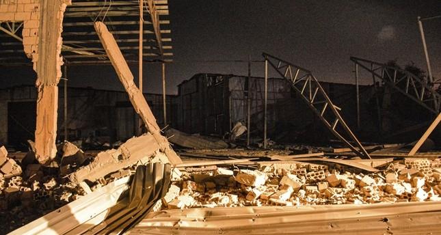 صورة نشرها الإعلام السوري لما قال إنها آثار القصف الاسرائيلي الفرنسية