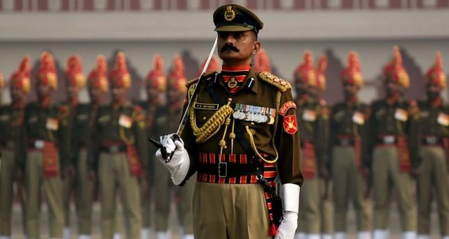 الجيش الأميركي يعلن إلغاء مساعدات لباكستان بقيمة 300 مليون دولار