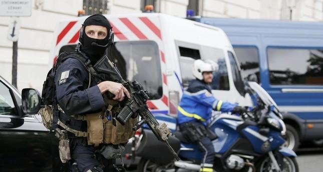 أوكرانيا: اعتقال فرنسي كان يخطط لعمليات إرهابية خلال كأس الأمم في فرنسا