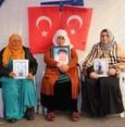 Female teachers express support for Kurdish mothers protesting PKK for abducting children