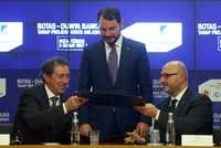 The agreement for a $400-million loan issued by the World Bank to the Petroleum Pipeline Corporation (BOTAŞ) for the Trans-Anatolian Natural Gas Pipeline (TANAP) was signed on Wednesday between...