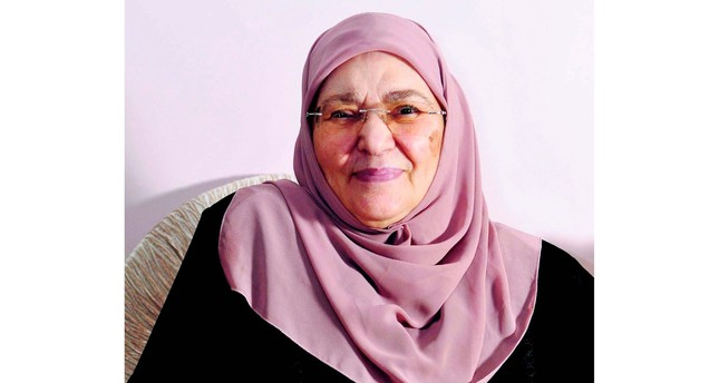 Şule Yüksel Şenler was a pioneering woman who popularized hijab in urban life in the second part of the 1960s.