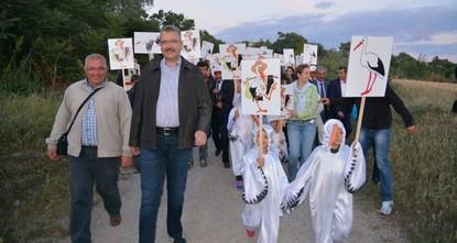 بدء فعاليات مهرجان اللقلق الدولي الرابع عشر بمدينة بورصة غربي تركيا