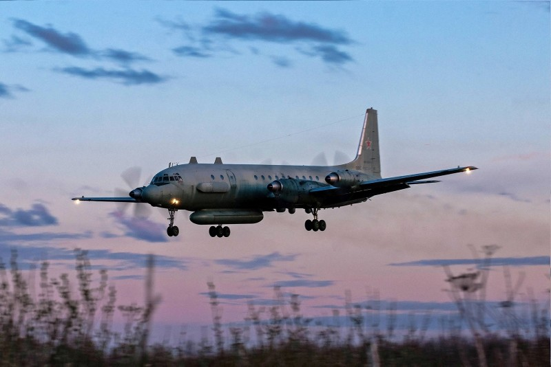 Photo taken on July 23, 2006 shows an Russian IL-20M plane landing at an unknown location. (AFP Photo)