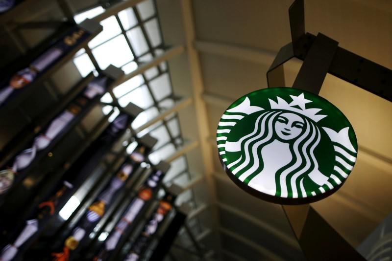 A Starbucks store is seen inside the Tom Bradley terminal at LAX airport in Los Angeles, California, United States, October 27, 2015. (REUTERS Photo)