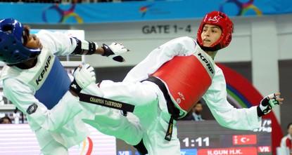 Rising star of taekwondo takes on next challenge